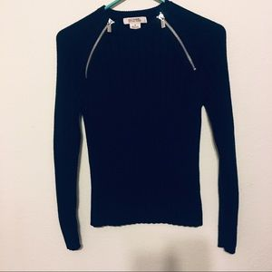 Michael Kors sweater with zippers size M.